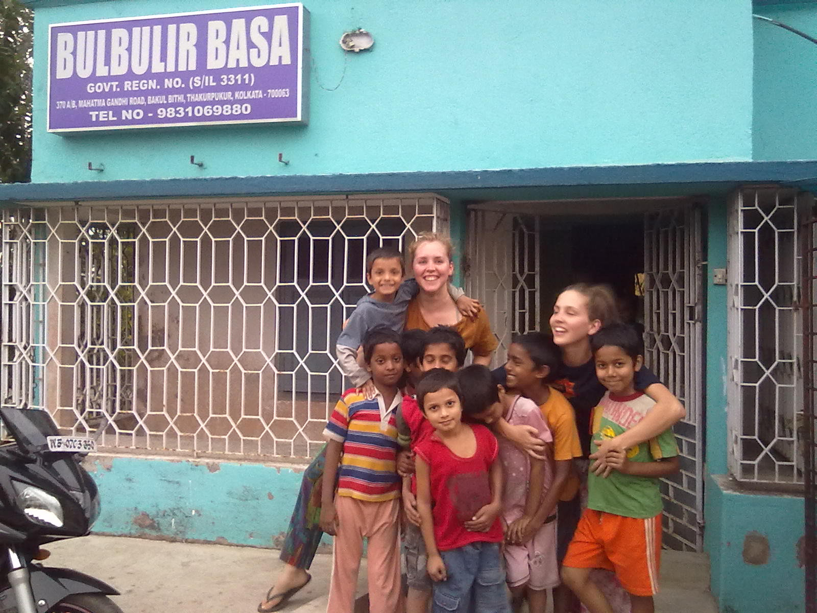 Be an Orphanage Helper in Kolkata | HelpStay India